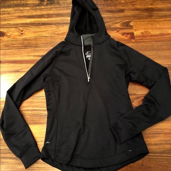 6de63b3d54dd Nike women s 1 4 zip pullover sz M. M 5b981cdd819e9010b886bae2